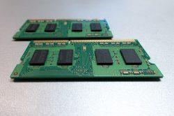 постоянная и оперативная память компьютеров и телефонов