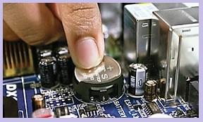 Сбивается время на компьютере из-за батарейки БИОС