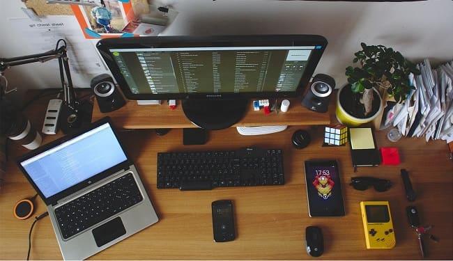 Ноутбук со вторым монитором без электричества